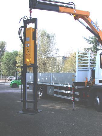 Pile driver for crane and excavator arms - 200 J - 300 J - 600 J - 800 J Hanged