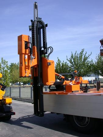 Piledriver truck mounted - Piledriver SMART 800 truck-mounted
