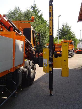 Pile driver for crane and excavator arms - Crane Arm