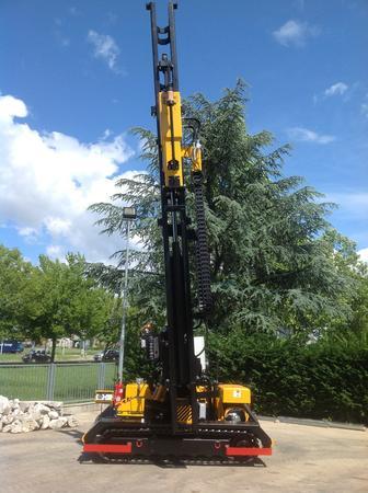 Piledriver crawler mounted - Piledriver FEX 1500 6 mt crawler munted